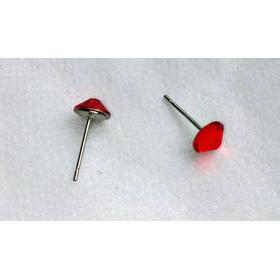Сережки-гвоздики красные2