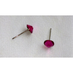 Серьги-гвоздики с розовыми камнями4